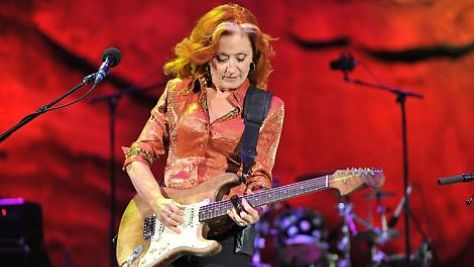 Blues: Bonnie Raitt's Blues and Folk Blend