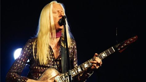 Blues: Johnny Winter Channels Hendrix