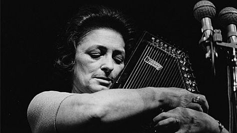 Country: Maybelle Carter Warms the Ash Grove in '63