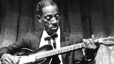 Blues: Fred McDowell at Newport Folk Festival, '68