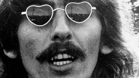 Interviews: A George Harrison Chat in '75