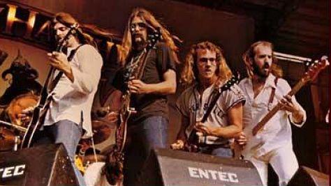 Rock: Molly Hatchet's Three-Guitar Army