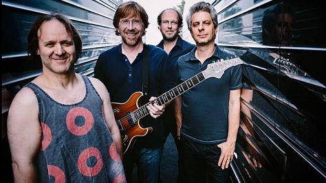 Rock: Phish Acoustic at the 1998 Bridge School Benefit
