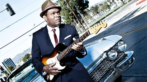 Blues: Robert Cray's Smoking Gun