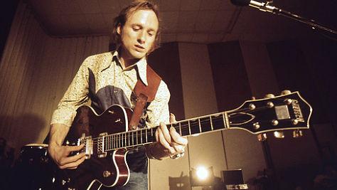 Rock: Stephen Stills in Chicago, '74